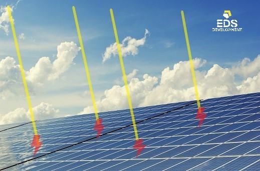 солнечная электростанция на фотоэлектрических панелях
